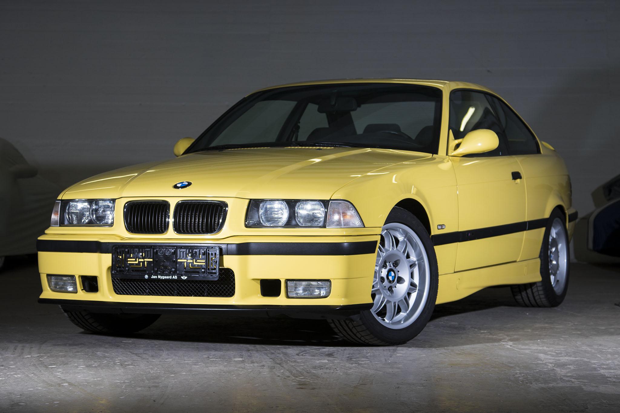 Den gule BMW M3 E36, var en af Anders Richters første biler. Den blev solgt sidste år med 300% fortjeneste efter 6-7 år.